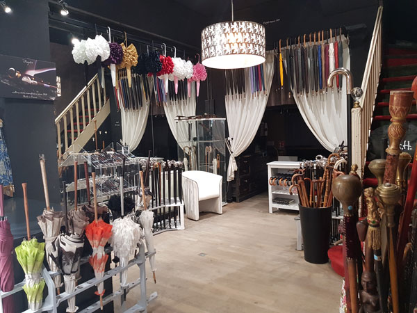 Showroom Parisien Cannes Fayet